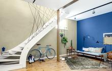 Innenbereich von Oskar Seus zweifarbige Wandgestaltung