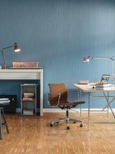 Referenzen von Oskar Seus Wand mit blau geriffelter Struktur