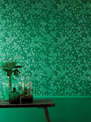 Kreative Maltechniken von Oskar Seus grüne Wand mit Blättermuster