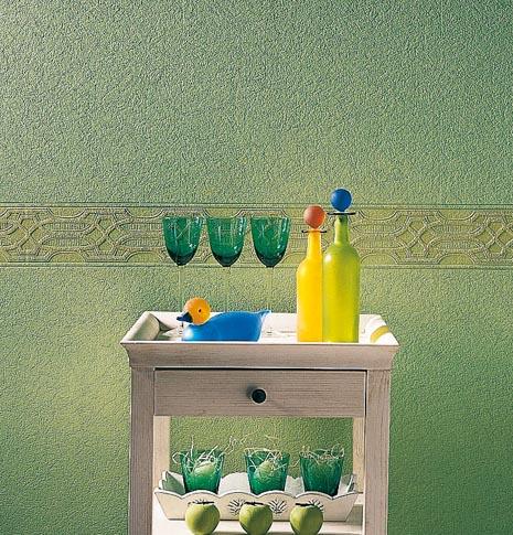 Innenbereich von Oskar Seus grün strukturierte Wand mit Borde